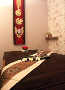 Liebevoll eingerichtete Räume, hier Raum 1, laden zur Entspannung ein.